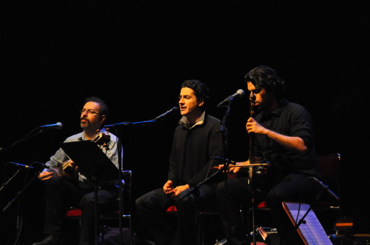 Homayoun Shajarain m bröderna Sohrab och Tamhmoures POurnazeri 1 Foto Mats Einarsson