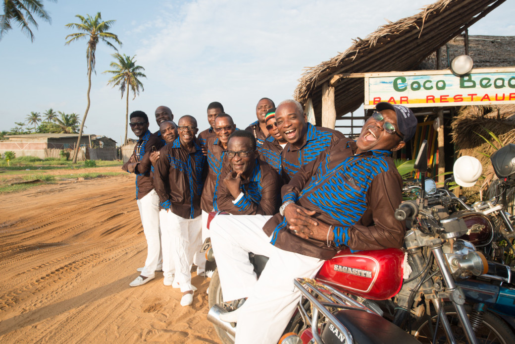 Benin. Cotonou. 06/2016. TP Orchestre Poly Rythmo. session au bar Coco Beach.