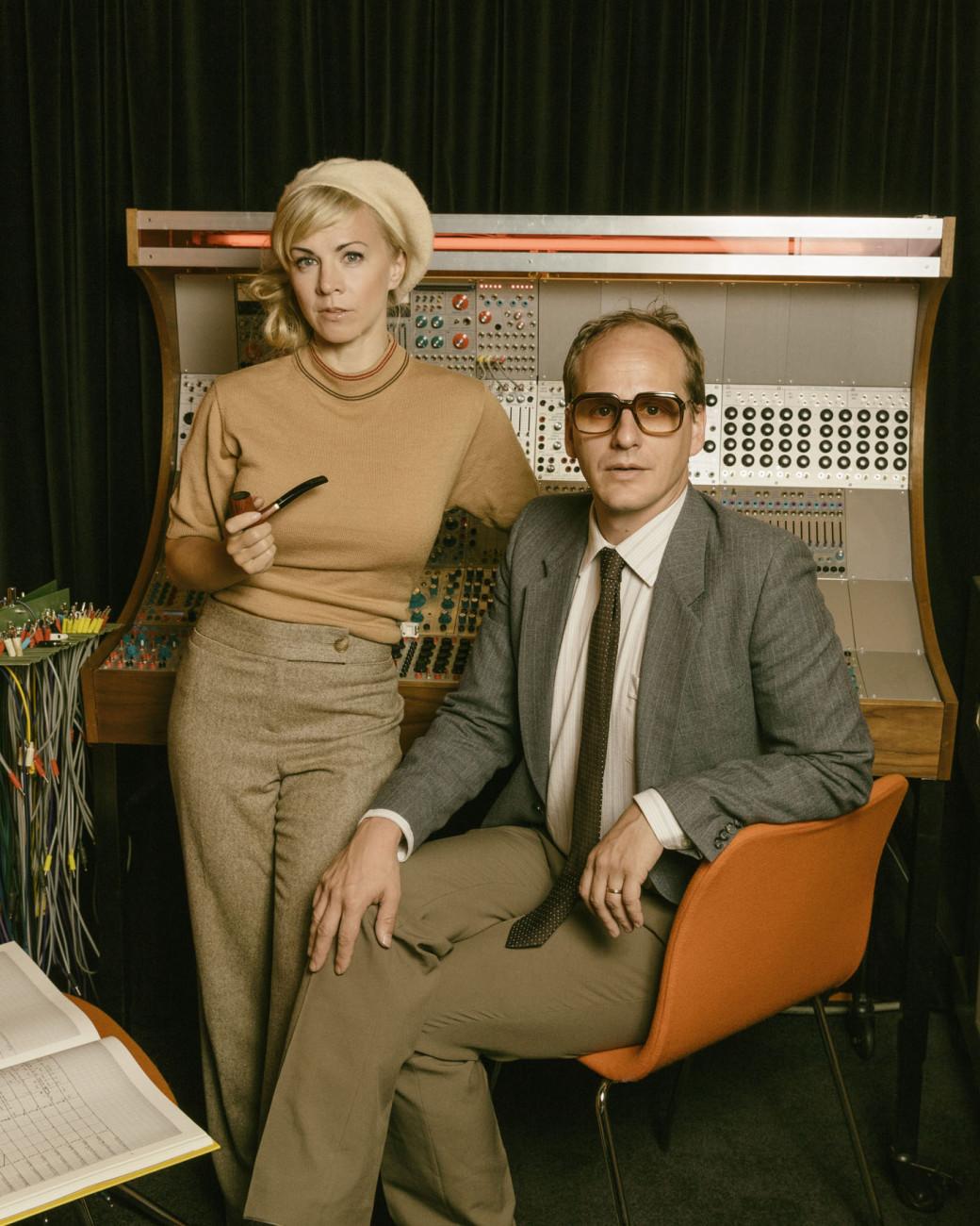 Den svenska musikhistorien Esmeralda Moberg och Mattias Lundberg P2 Sveriges Radio Foto: Mattias Ahlm/Sveriges Radio