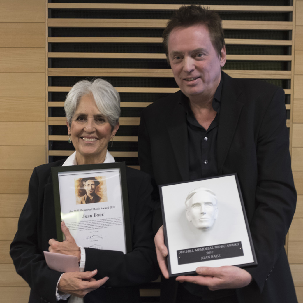 Joan Baez och Claes Olson Joe Hill Memorial Music Award