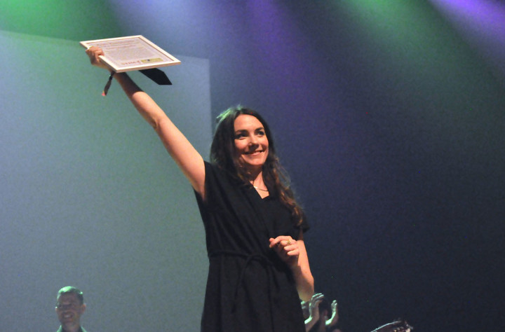 Lisa Långbacka fick Stims pris för Årets kompositör. Bild: Peter Alhbom