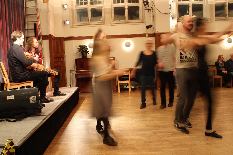 IMG_4156_cr Rydvall Mjelva och dansare webb